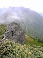 愛媛県東黒森山頂上でバンザイ4