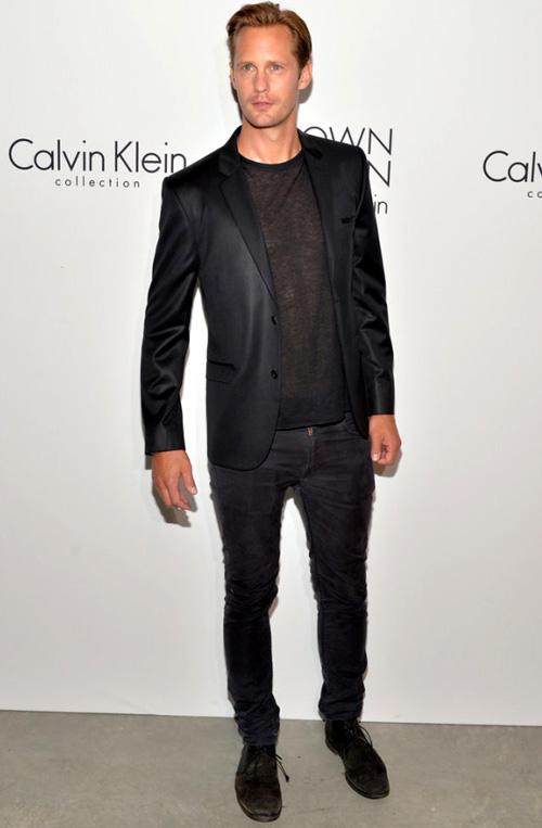 アレクサンダー・スカルスガルド(Alexander Skarsgard):カルバン・クライン(Calvin Klein)