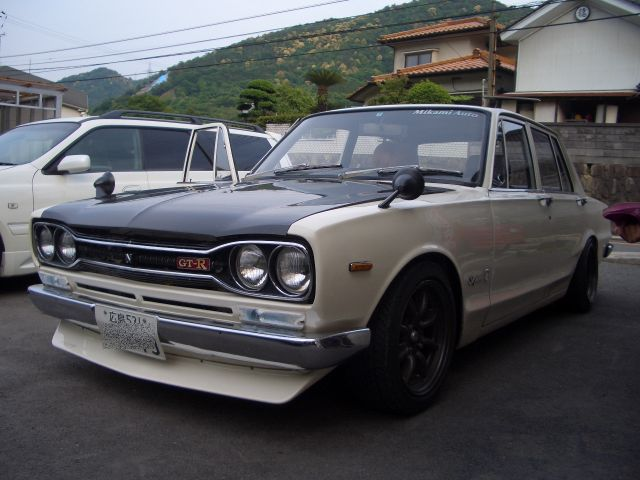 CIMG3448白ハコスカ
