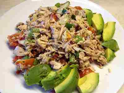 s-Tuna Mackerel Avocado Salad