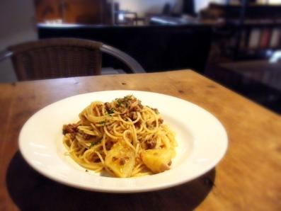『ogawa cafe(オガワカフェ)』のキタアカリのスパゲッティ・ボロネーゼ
