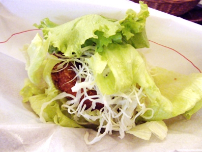 『モスバーガー』の菜摘海老カツ