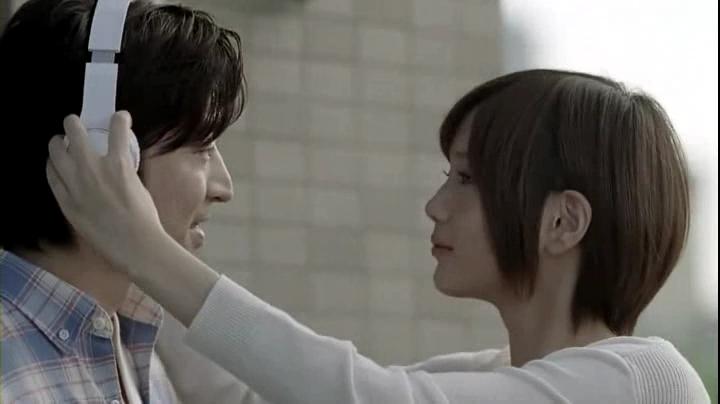 2代目【GTO】神崎麗美(本田翼)ピタットハウスCM(ベランダ、賃貸篇)に登場!彼氏(?)が「何この曲?」