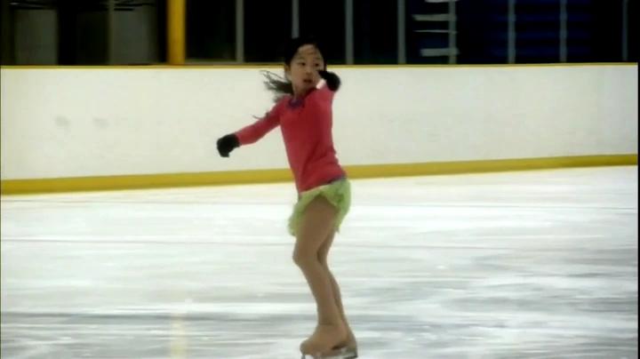 【家政婦のミタ】希衣(本田望結)ちゃん、七田チャイルドアカデミーCMに登場、スケーター姿の希衣ちゃん