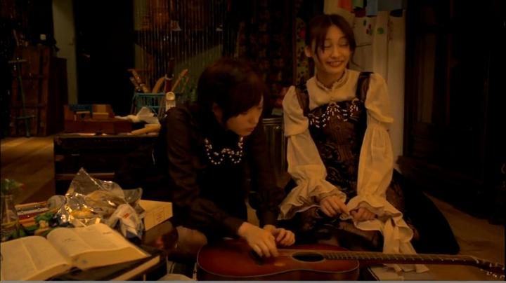 2代目【GTO】神崎麗美(本田翼)【ヴァンパイア】に登場!ギターを珍しがる神崎