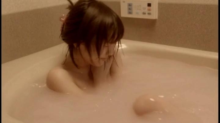 【みんな!エスパーだよ!】真野恵里菜の入浴、入浴中に悶える紗英6