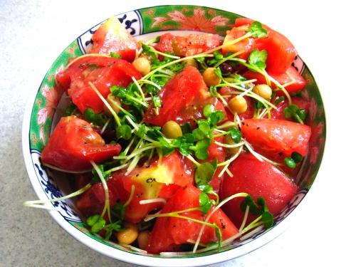 130831-221トマトと豆とカイワレのサラダ(S)