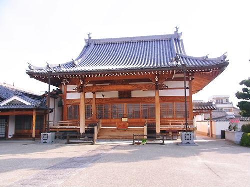 上行寺本堂