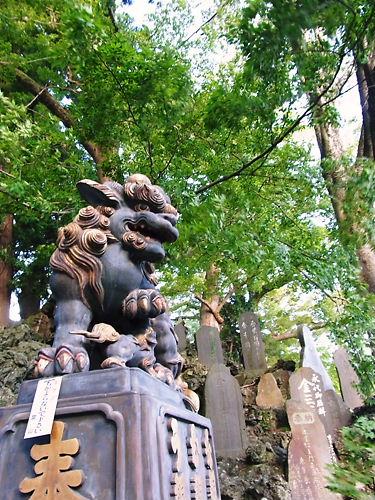 成田山狛犬