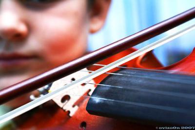 バイオリン 弾く 弦 人 ぼけ