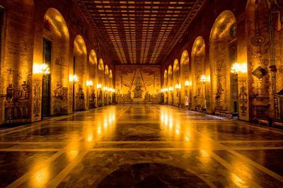 ゴールド 金 部屋 symmetry