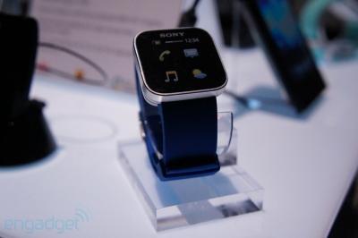 ソニー 腕時計型 リモコン 展示