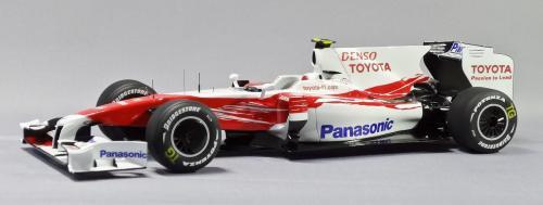 F1 01