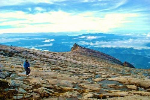 キナバル山56