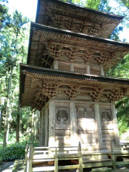 高藏寺三重塔・1