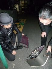 g畑ひろしさんのハンドメイドのアンプを拝見するg村山義光氏