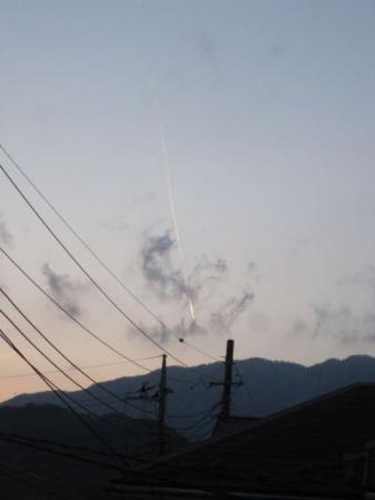 tntnH25-02-12飛行機雲 (4)