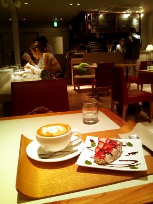 日本橋CAFEST 雰囲気