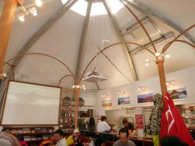 WHISTLER Cafe 苗場 雰囲気