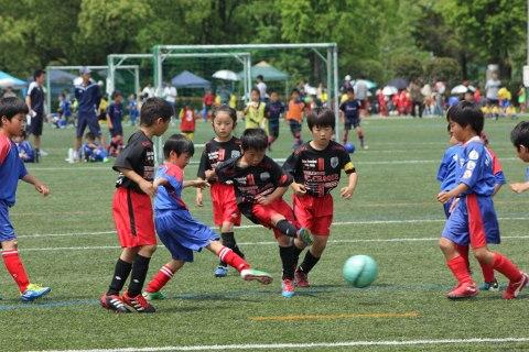 2012_5_6キッズサッカー新人戦1