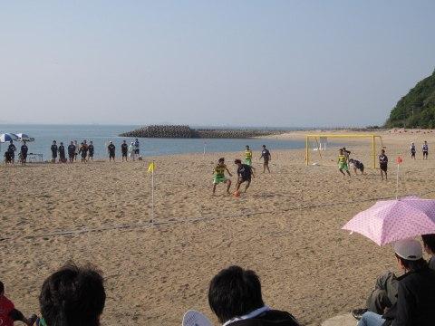 2012_5_27ビーチサッカー6
