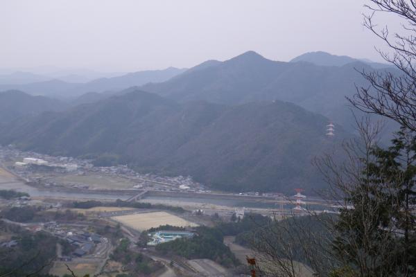 山頂からの長良川の景色