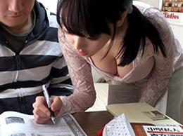 【盗撮】親がいない日に家庭教師の巨乳女子大生を何度も犯すゆとり世代