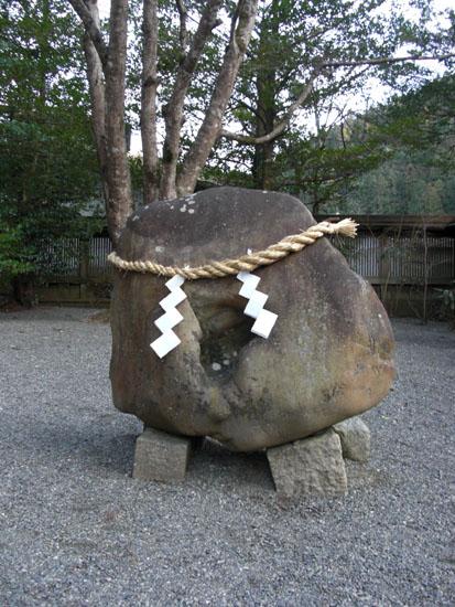 丹生川神社下社・名石06