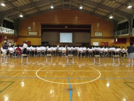 上山中学校01