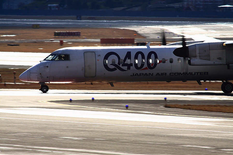 JAC DHC-8-402Q / JAC2402 (JA842C)@下河原緑地展望デッキ