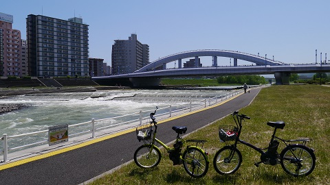 シュガードロップ電動アシストで行く 『札幌市豊平川サイクリングロード&ハサミヤ』