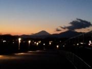 夕闇迫る引地川公園