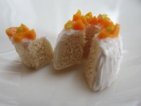 黄桃シフォンケーキ