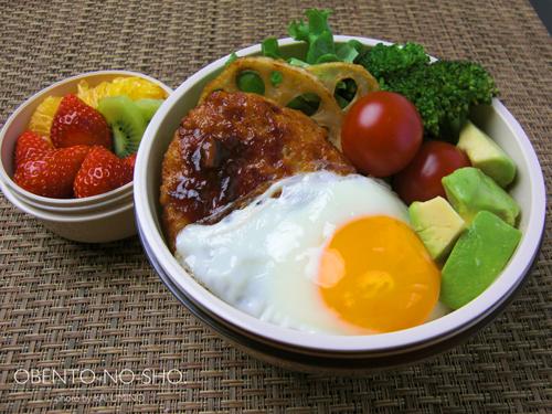 蓮根ハンバーグのロコモコ丼弁当01