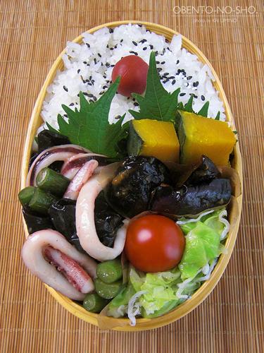 イカとにんにくの芽の塩炒め弁当03