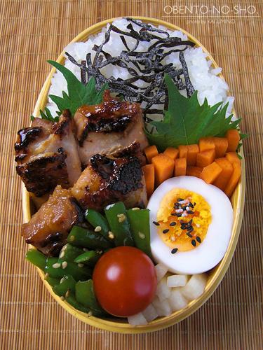 鶏の醤油麹漬け弁当(オカン作)