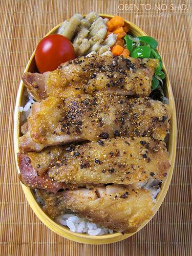 鶏塩焼きステーキ弁当04