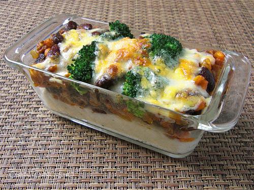 チリコンカンと野菜のチーズ焼き弁当04
