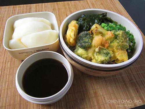海老とブロッコリーのかき揚げ蕎麦弁当01