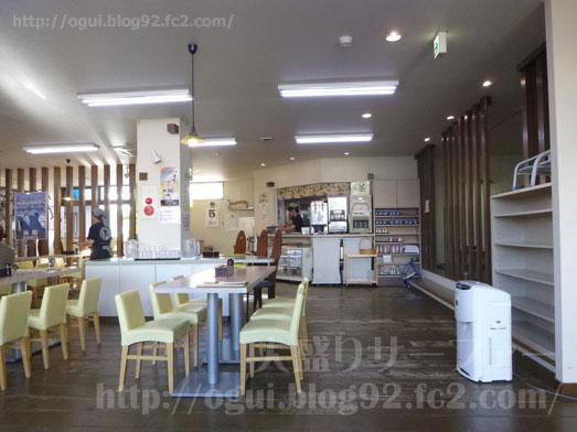 函館朝市食堂ニ番館の500円海鮮丼とイカ刺し013