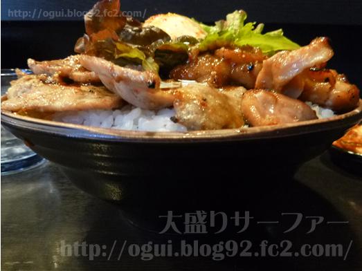 秋葉原焼肉丼たどんのBIG丼019