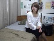 18才、素人。ちょっと大人になりたい年頃の女の子のSEX。
