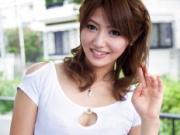 【無修正】元アイドルのセクシー美女がファン宅を突撃訪問して筆下し中出し!麻生めい