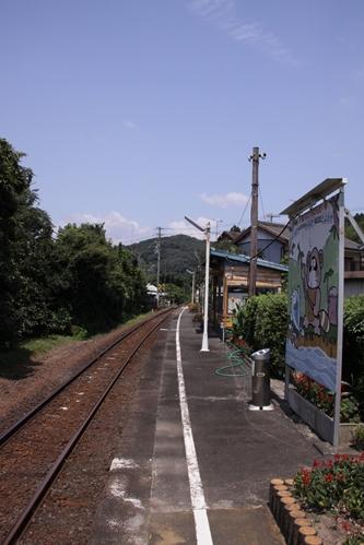 上野部駅ホーム新所原方面
