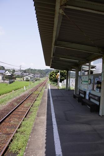 敷地駅ホーム新所原方面