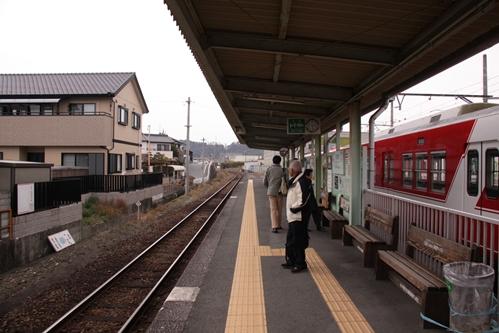西鹿島駅ホーム掛川方面