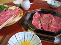 三嶋亭のすき焼