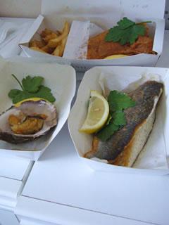 フィッシュ&チップス&すずきのグリル&牡蠣のフライ