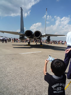 F-15を見る息子
