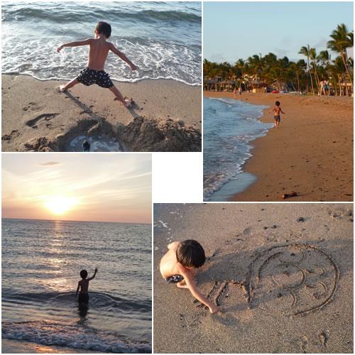 海で遊ぶ息子